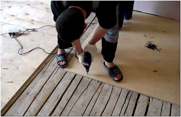 Обработка полов из дерева под монтаж ламината
