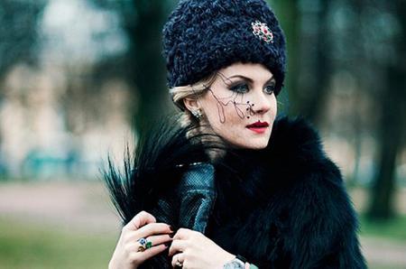 Рената Литвинова поставит спектакль с музыкой Земфиры и костюмами от Гоши Рубчинского