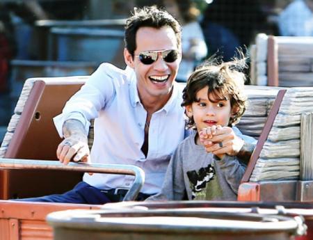 Марк Энтони и Максимилиан Давид Лопес Энтони. Сын певца и красавицы Дженнифер Лопес родился 22 февраля 2008 года.