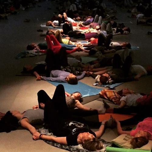 Свами Даши о практиках: «У меня под руками умирали люди»