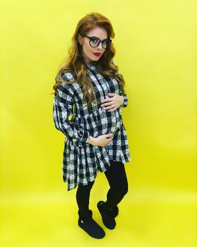 Анастасия Стоцкая беременна во второй раз – певица, наконец, показала большой животик