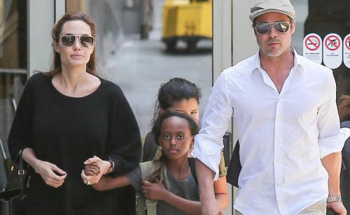 Мать приемной дочери Анджелины Джоли просит о встрече со своим ребенком