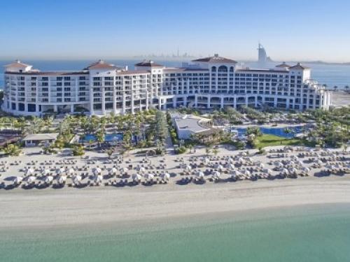 Боне и Калашниковой запретили делать селфи в пятизвёздочном отеле Дубая