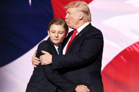 Белый дом выпустил заявление в поддержку сына Дональда Трампа Бэррона