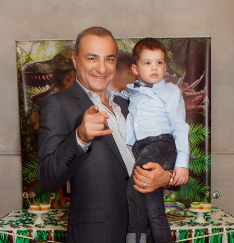Михаил Турецкий подарил внуку зоопарк