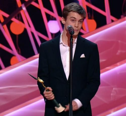 Иван Янковский не скрывал волнения во время вручения ему премии «Золотой орел»