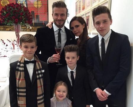 Дэвид и Виктория с детьми Ромео, Харпер, Круз и Бруклин