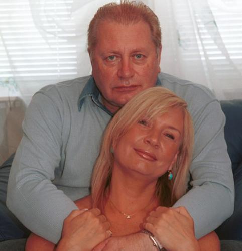 Валентин Смирнитский подарил жене дворец