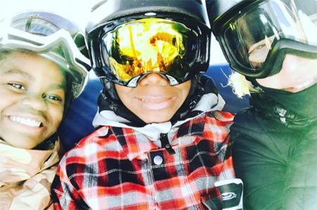 Мадонна с дочерью Мерси и сыном Дэвидом