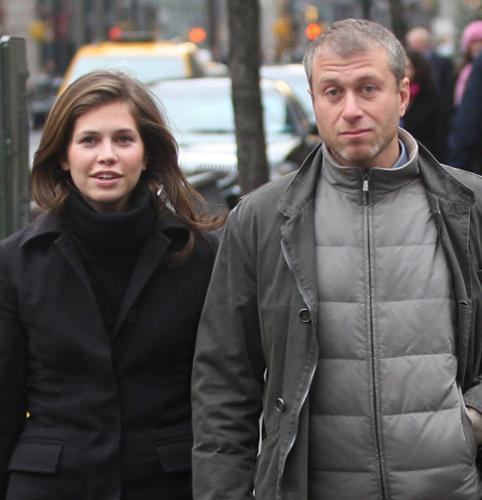 Дарью Жукову заподозрили в измене Роману Абрамовичу