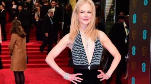 Наряд Николь Кидман поразила публику на вручении британской награды BAFTA