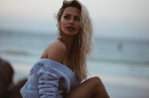 Виктория Боня призвала подписчиков к интернет-отношениям