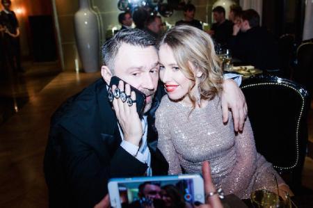 Ксения Собчак запустила флешмоб в поддержку Сергея Шнурова
