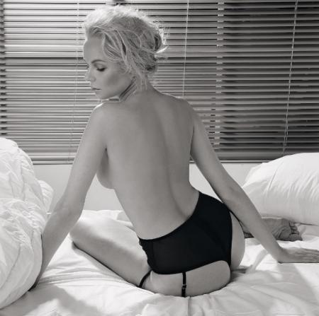 Алиса Вокс. Звезда хита про лабутены также снялась голой в фотосессии Maxim.