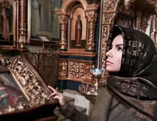 "Солистка ""Тату"" Юлия Волкова отказалась от ислама"