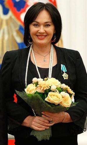 Лариса Гузеева показала фото избранницы своего сына