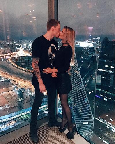 Никита Пресняков сделал предложение Алене Красновой