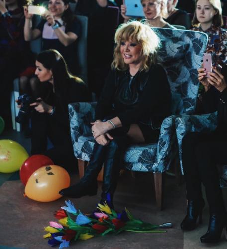 Певица Алла Пугачева представила публике собственную коллекцию обуви