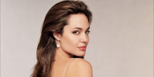 Анджелина Джоли снимется в сериале о сирийских беженцах в Турции