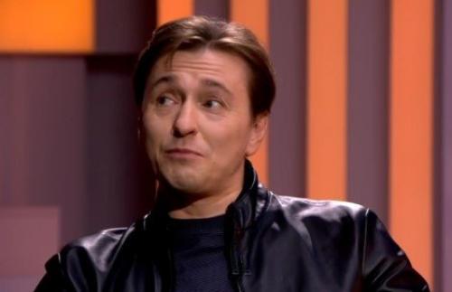 Сергей Безруков начинает карьеру певца