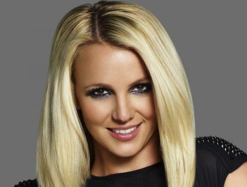 Бритни Спирс очаровала поклонников, устроив сексуальное дефиле