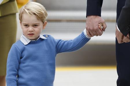 Принц Джордж идет в школу: Кейт Миддлтон и принц Уильям выбрали для сына новое учебное заведение