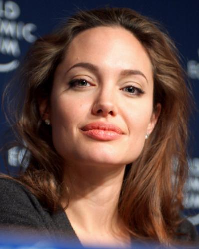 Анджелина Джоли рушит семью Джейми Дорнана