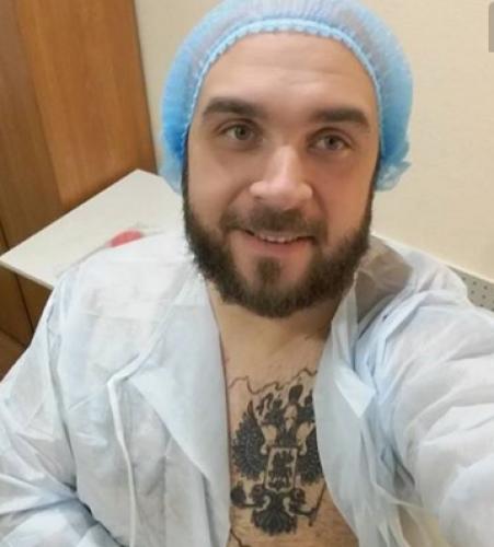 """""""Дом-2"""": Глеб Жемчугов продолжает делать пластические операции для похудения"""