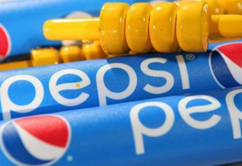 Компании Pepsi объявили бойкот из-за веселого митинга в рекламе с сестрой Кардашьян