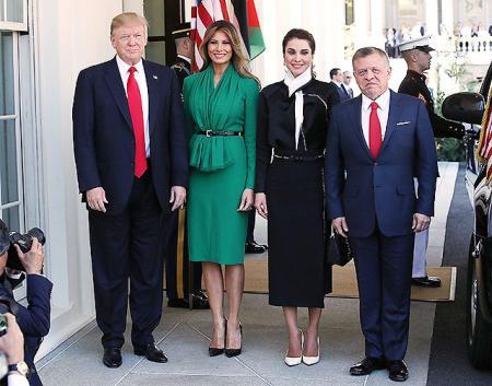 Мелания Трамп сразила короля Иордании Абдаллу II и королеву Ранию изумрудным нарядом