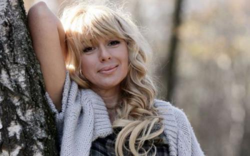 Алена Апина прокомментировала критику своего нового клипа