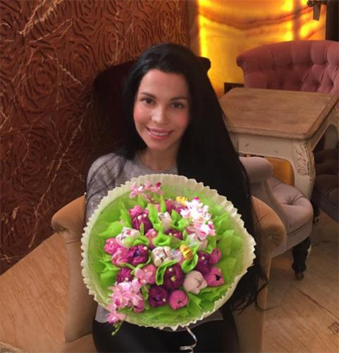 Юлия Салибекова не может въехать в новую квартиру