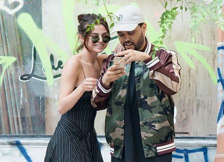The Weeknd опубликовал первое романтичное селфи с Селеной Гомес