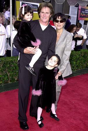 Брюс Дженнер с семьей