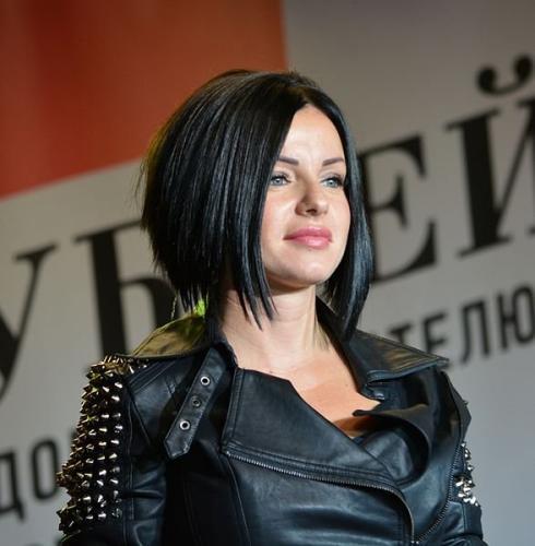 Дочь Юлии Волковой считает певицу «злой мамой»