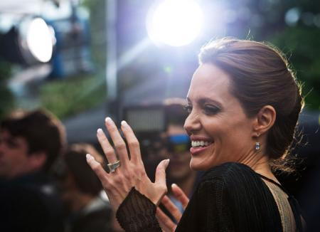 Анджелине Джоли приписывают новый роман