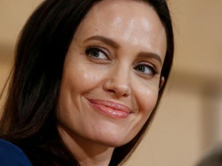 Анджелина Джоли снова хочет замуж