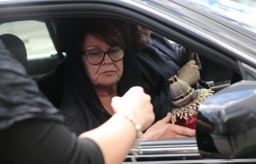 СМИ: Мать Жанны Фриске вызвали в суд из-за дела