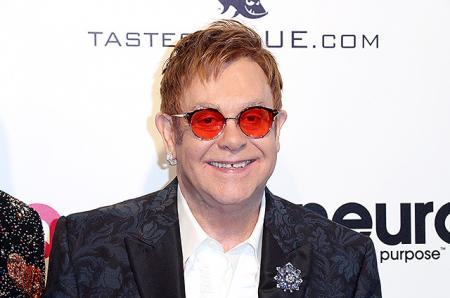 Элтон Джон отменил концерты в связи со смертельно опасной инфекцией