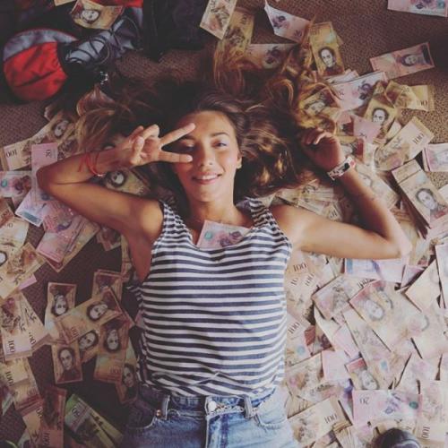 Регина Тодоренко в Венесуэле увеличила себе грудь за сто долларов