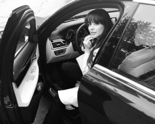 Марина Александрова больше не прячет мужа