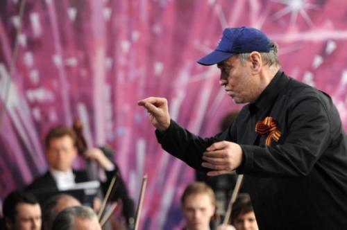 Оркестр Мариинки выступил на Поклонной горе в честь Дня Победы