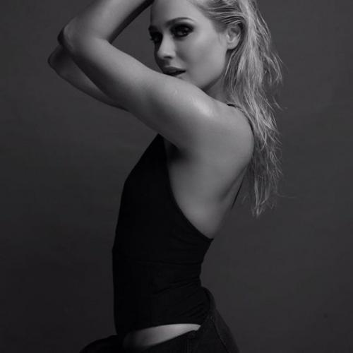 Актриса Наталья Рудова удивила своих поклонников откровенным видео в постеле