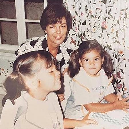 Кортни и Ким Кардашьян с бабушкой