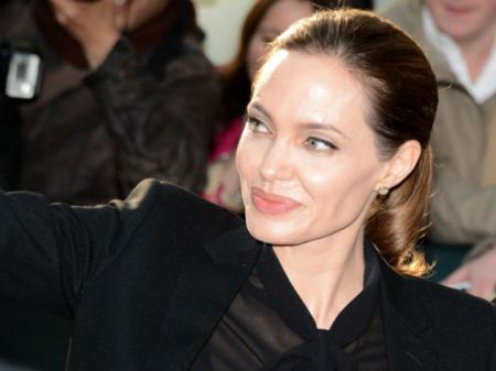 Анджелина Джоли помирилась с отцом из-за развода