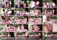 Summer Swap And Smash - Nathalie Knight , Jaycee Starr | DaughterSwap | 2019 | SD | 727 MB