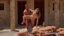 Candice Demellza - Fuck In The Sun (21.10.2019) [720p]